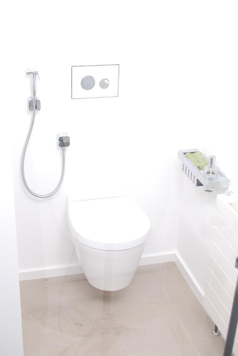AnuGen Armatur im Kunden WC